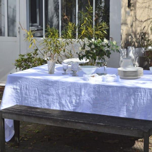 linge de maison en lin lavé nappes et serviettes