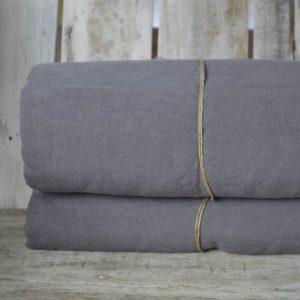 linge de maison en lin lavé nappes et draps
