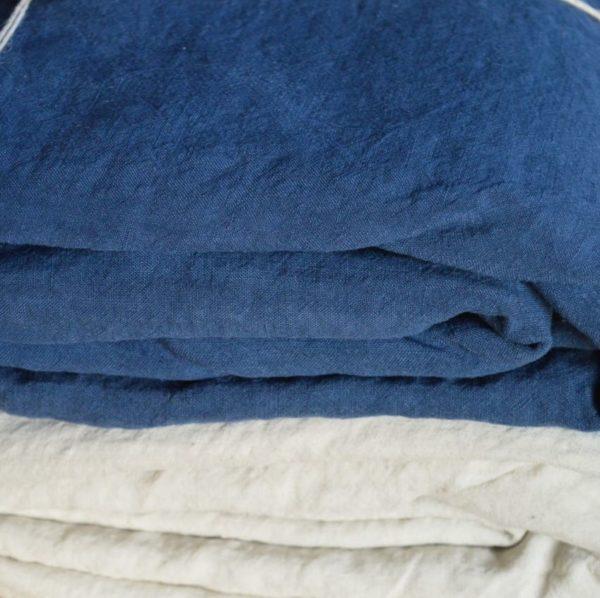 linge de maison en lin lavé fabrique en france indigo